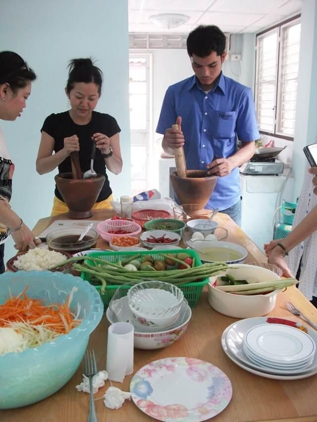 เรียนทำอาหารอีสาน